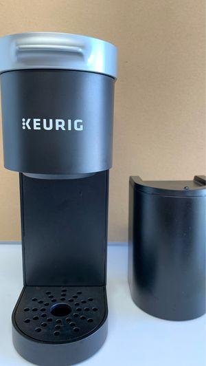 Keurig mini small compact! Black great condition! for Sale in Deltona, FL