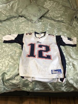 Large Brady Patriots Jersey for Sale in Dearborn Heights, MI
