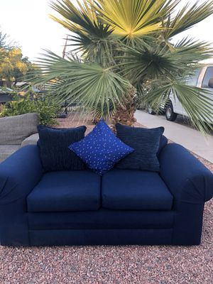 Pretty blue couche $150. Delivery free if interested for Sale in Phoenix, AZ