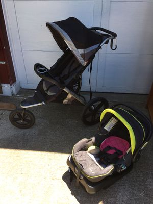 Eddie Bauer Trail Guide Jogger Stroller Car Seat Travel System Blazing for Sale in Albany, NY