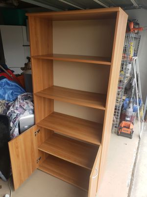 Storage Shelve furniture 6 ft 2 in tall for Sale in Chula Vista, CA