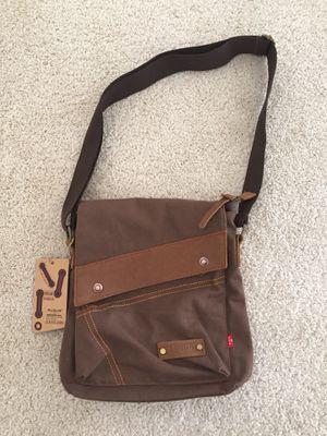 Brand New Augur Canvas Messenger Bag for Sale in Las Vegas, NV