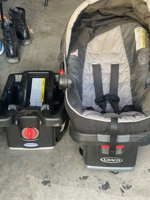 Graco car seat with base. for Sale in El Centro, CA