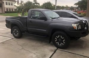 Toyota Tacoma 4x4 automatic 2011 for Sale in FL, US