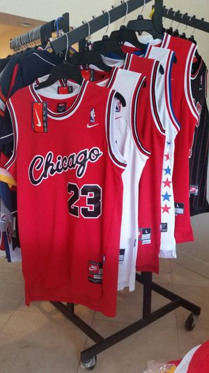 Michael Jordan Chicago Bulls Throwback basketball jersey for Sale in Fort Lauderdale, FL