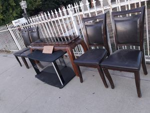 Free 2nd and C street chino for Sale in Fontana, CA
