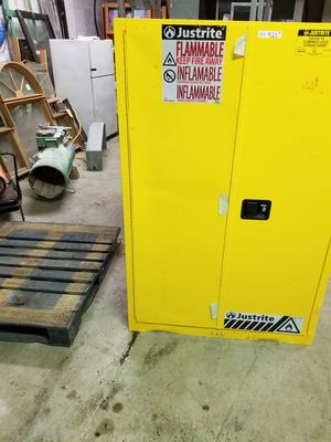 Flammable, Flame proof hazardous chemical stirage cabinet for Sale in Aurora, IL