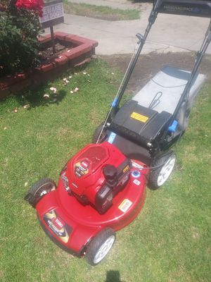 Lawnmower brand new toro recycler clutch control system self propelled in excellent conditions for Sale in Cudahy, CA