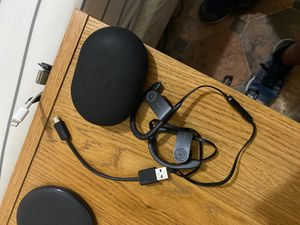 Power Beats 3 wireless with pouch case and usb charger for Sale in Queens, NY
