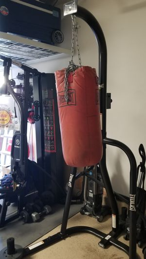 Everlasy Boxing Equipment Dual Bag for Sale in Etiwanda, CA