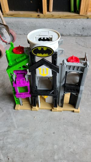Batman house for Sale in Cary, NC