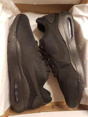 Brand New Men's Nike Air Max (Sz 9.5) for Sale in Vancouver, WA