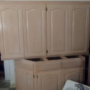 Cabinet set of 10 pieces sell for Sale in San Antonio, TX