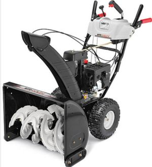 MTD SNOWBLOWER LIKE NEW! for Sale in Clinton, MD
