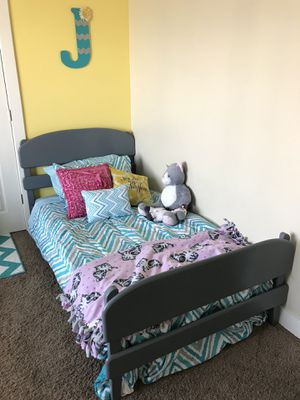 Twin wooden bed frame for Sale in Payson, UT