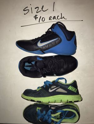Boys SHOES! Size 1 (see pics for multiple pairs!) for Sale in Issaquah, WA