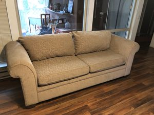 Comfy couch for Sale in Kenmore, WA