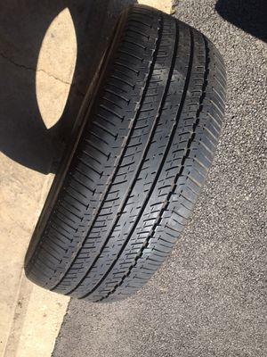 245/60/18 one tire Bridgestone for Sale in Carol Stream, IL