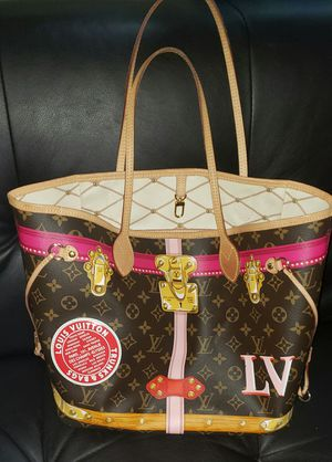 Louis Vuitton for Sale in Fresno, CA