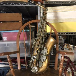 Vintage Bundy Saxophone 🎷 for Repair 🌏 for Sale in Ontario, CA