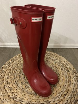 Hunter rain boots women size 6us for Sale in Vancouver, WA