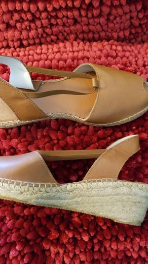 Shoe Tan Wedge heel Sandal Size 9-REDUCED for Sale in Eagle Lake, FL