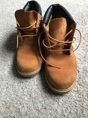 Low cut Timberland boots SIZE:5 for Sale in Washington, DC