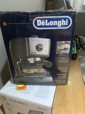 Delonghi coffee maker for Sale in Nashville, TN