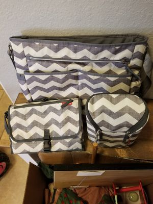 Diaper bag, bottle holder, diaper and wipe holder for Sale in Katy, TX