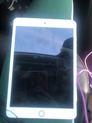 6th generation iPad no iCloud for Sale in Orlando, FL