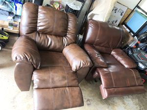 Recliner oversized sofa chairs faux leather for Sale in Columbus, OH
