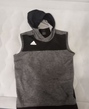 Mens adidas sleeveless hoodie Large for Sale in Saint Charles, MO