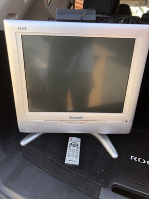 "Panasonic 17"" flat screen lcd tv for Sale in Los Angeles, CA"