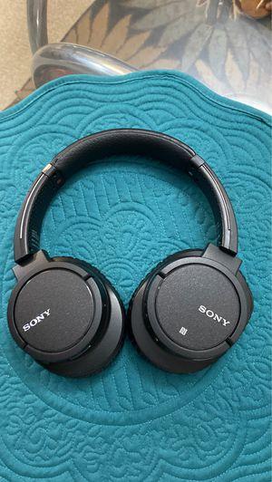 Sony WH-CH700N Wireless Noise-Canceling Over-Ear Headphones (Black) for Sale in Bellevue, WA