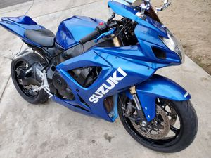 2006 gsxr 600 clean title runs excellent Firm for Sale in Bloomington, CA