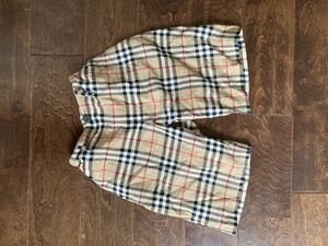Authentic Burberry shorts(negotiable) for Sale in Los Angeles, CA