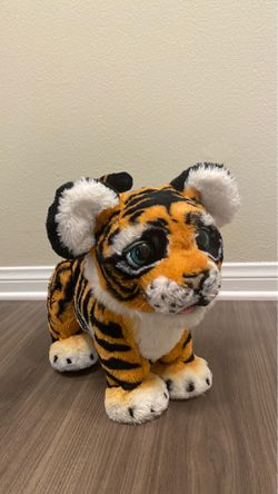 FurReal Friends Roarin' Tyler the Playful Tiger. for Sale in Los Angeles,  CA