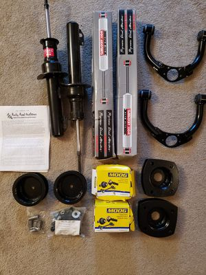 05-10 Grand Cherokee lift kit for Sale in Charlotte, NC