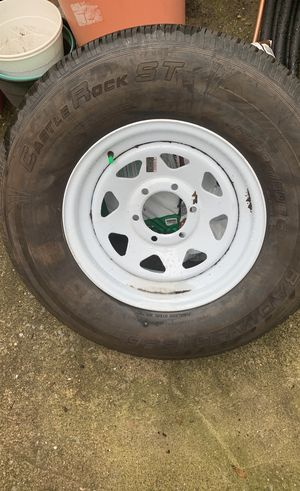 Tire and rim new st235/80-16 for Sale in Staten Island, NY