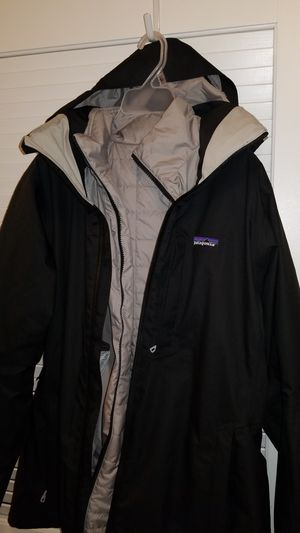 Brand new Patagonia Snowbelle 3-in-1 Jacket - Women's for Sale in Seattle, WA