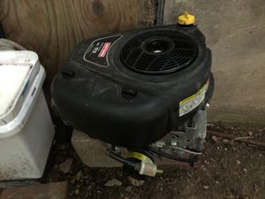 500cc bottom atomatic start gasoline for Sale in Austin, TX