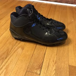 Adidas Mens Size 13.5 Mid Cleat Football Black Gently used for Sale in French Creek, WV