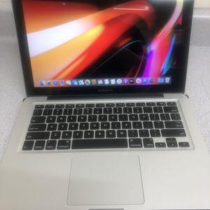 2012 Macbook Pro Great Condition for Sale in Garden Grove, CA