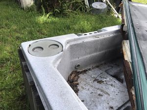 Hot Tub for Parts ONLY for Sale in Seffner, FL