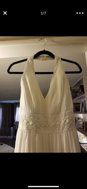 Galina Women Davids Bridal. Color (Ivory). Vestido de novia talla 14w muy hermoso usado 1 sola vez. Wedding dress size 14w really pretty use for Sale in Fontana, CA