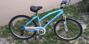 Bike everything were perfect only need to clean for Sale in Pembroke Pines, FL