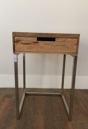 ONE side table/end table for Sale in Hialeah, FL