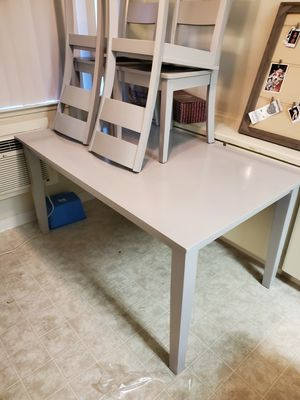 Living Spaces 6pc kitchen table for Sale in San Jose, CA