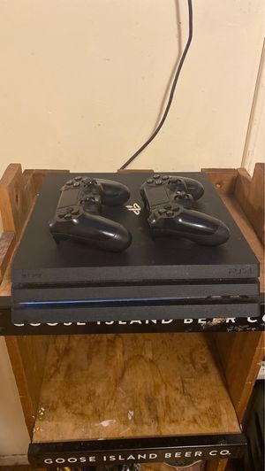 PS4 pro for Sale in Los Angeles, CA