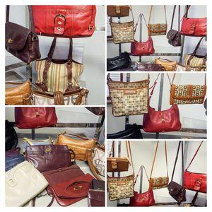 Large Handbag lot - 17 Etienne Aigner Handbags & 2 wallets for Sale in Kenosha, WI